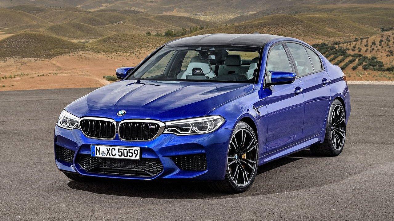 BMW představilo šestou generaci modelu M5.