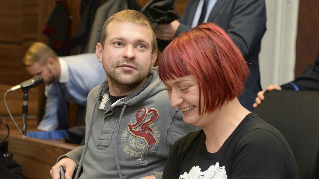 Dva z obžalovaných, Katarína Zezulová a Martin Ignačák.