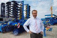 Až do dubna jsme vyprodaní, říká majitel výrobce zemědělských strojů Farmet. Firmě se daří v Rusku i ve Spojených státech