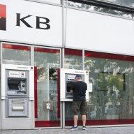 Agentura Fitch zhoršila úvìrový rating spoleènosti Société Générale, která v Èesku vlastní Komerèní banku