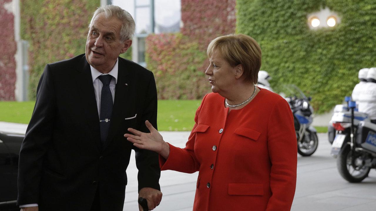 Miloš Zeman a německá kancléřka Angela Merkelová.