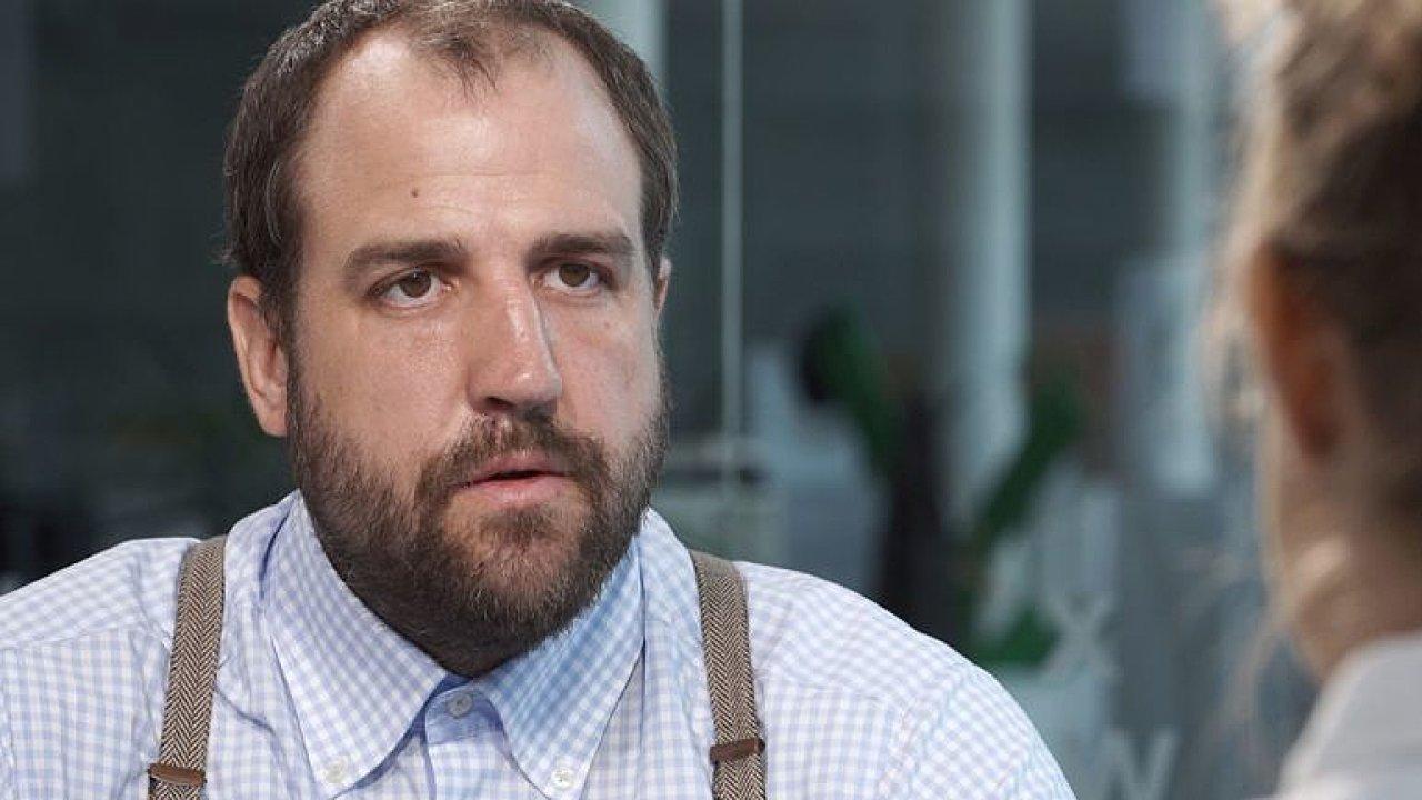 Stačilo málo a zastřelili mě. Lidé v Donbasu jsou zoufalí a bez naděje, líčí reportér