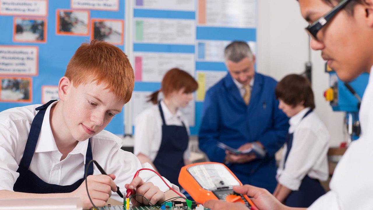 Do praxe nově. Výuka praktických předmětů na školách by měla být moderní a využívat technologie.