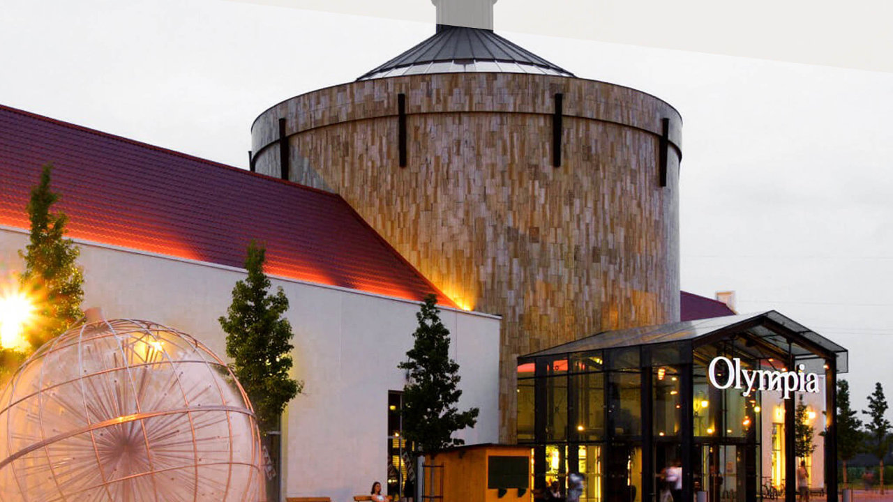 Nákupní centrum Olympia Olomouc.