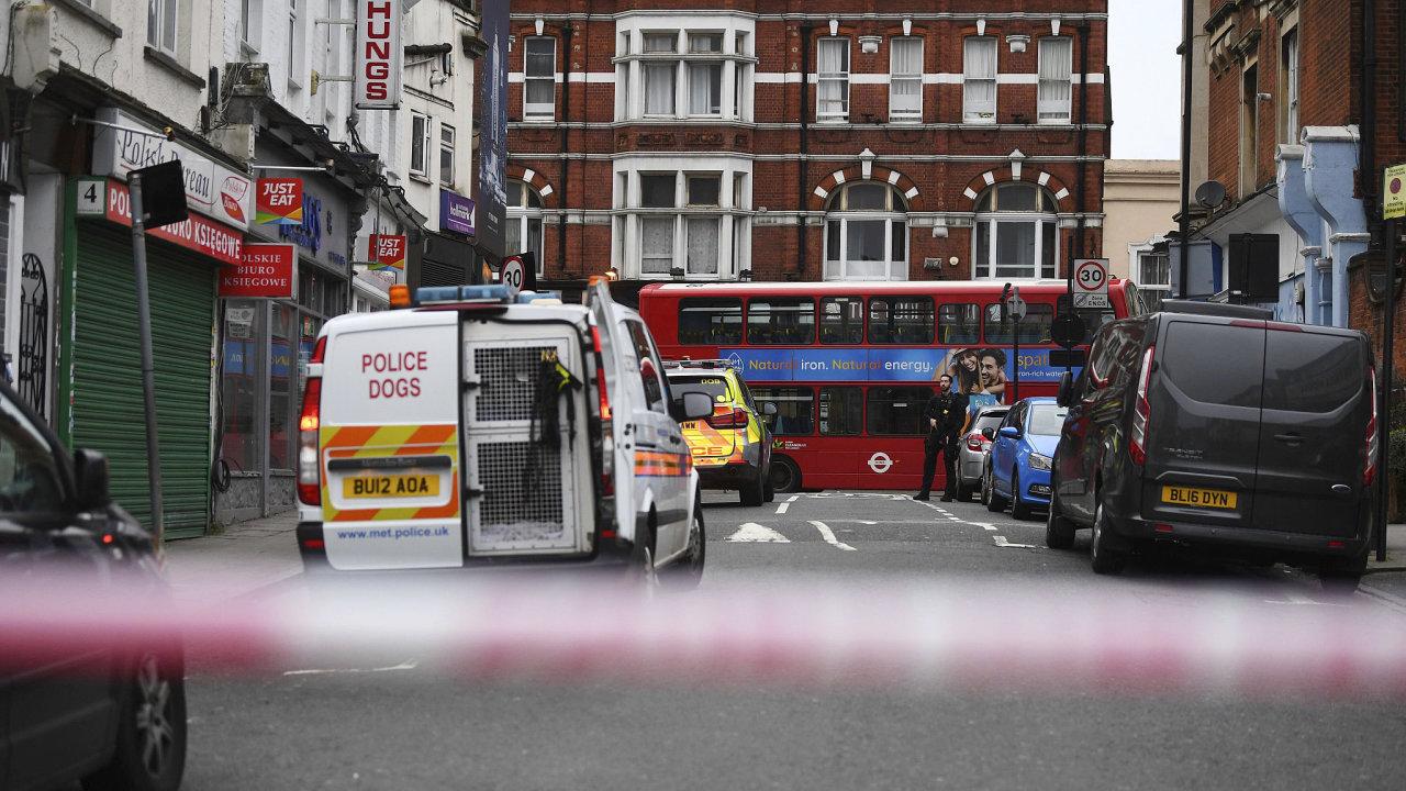 Policie incident označila za terorismus.
