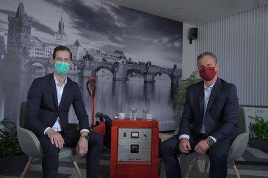 David Čepek a Pavel Osička z Linde MH na virtuální konferenci.