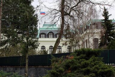 Z ruské ambasády v Praze (na snímku) byli vyhoštěni dva zaměstnanci. Rusko chystá odvetu.