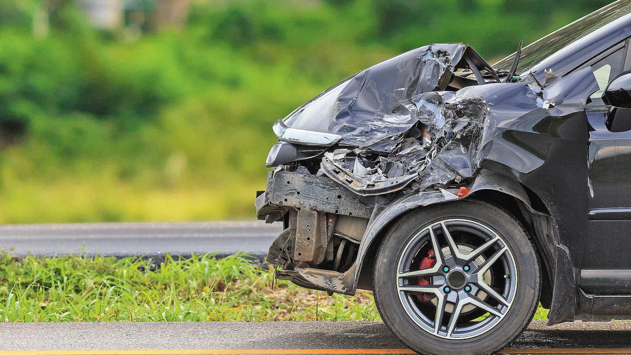 Nejvíce motoristů zajímá pojištění odpovědnosti zprovozu vozidla, tzv. povinné ručení, které zezákona musí mít každý majitel/provozovatel vozidla.