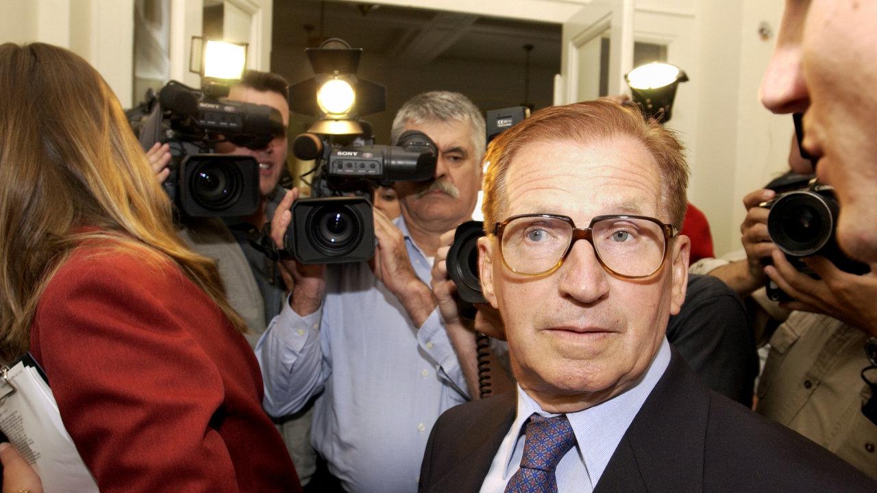 Bývalý předseda vlády ČSSR Jiří Štrougal. Snímek z roku 2002.