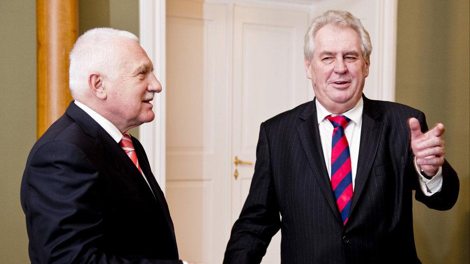 Prezident Klaus se setkal se svým nástupcem Zemanem