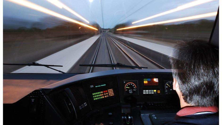Nejvytíženější španělskou tratí je úsek z Madridu do Barcelony.