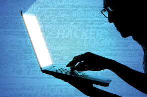 Na škodlivý software narazila loni pětina uživatelů v Česku, situace se zhoršuje
