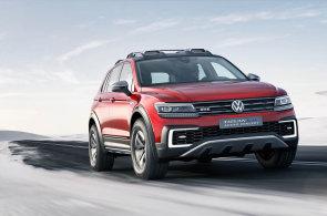 Volkswagen předvádí, že lze poslat hybrid i do terénu