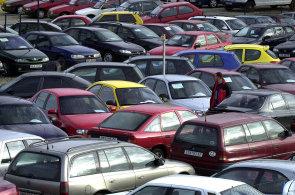 V České republice je trh s ojetými vozy natolik vyspělý, že nebude absorbovat desítky tisíc vozidel nevyhovujících emisním limitům.