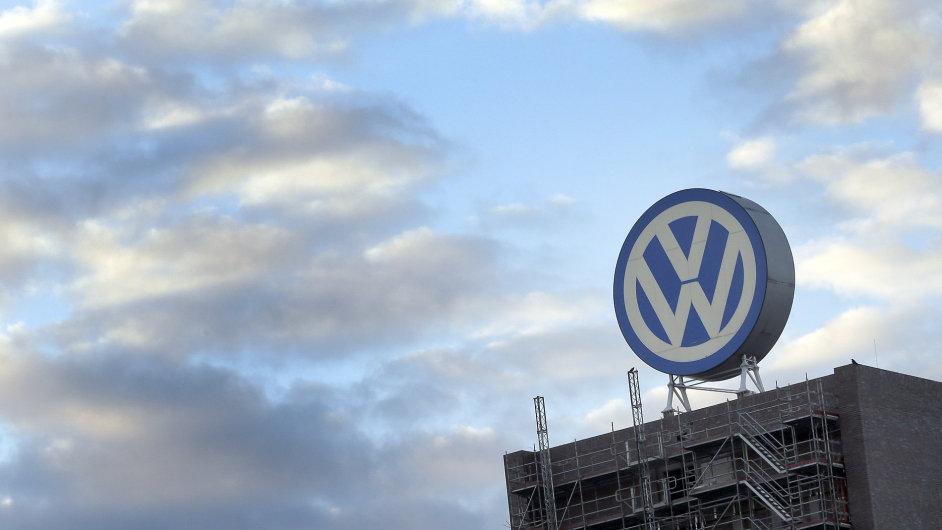 Volkswagen se do budoucna zaměří například na elektromobily nebo hybridní vozy. Chce jich prodávat miliony.