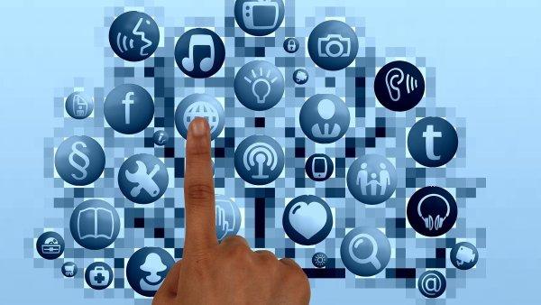 Sociální sítě, Facebook, ilustrace