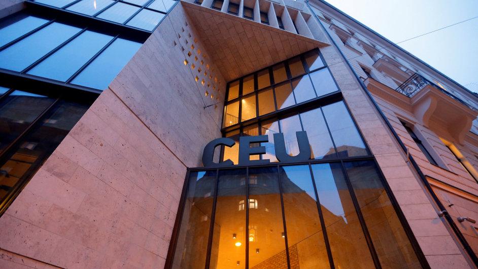 Středoevropská univerzita v Budapešti založená Georgem Sorosem.