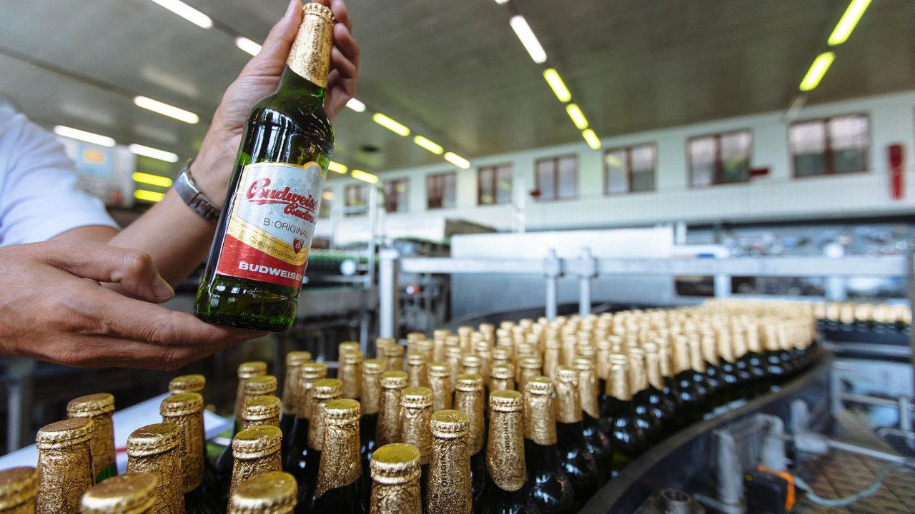 Budvar není spokojen. Schválená úprava registru smluv nakonec nezbavuje státní pivovar povinnosti zveřejňovat své kontrakty.