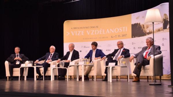 Prezidentští kandidáti v Broumově.