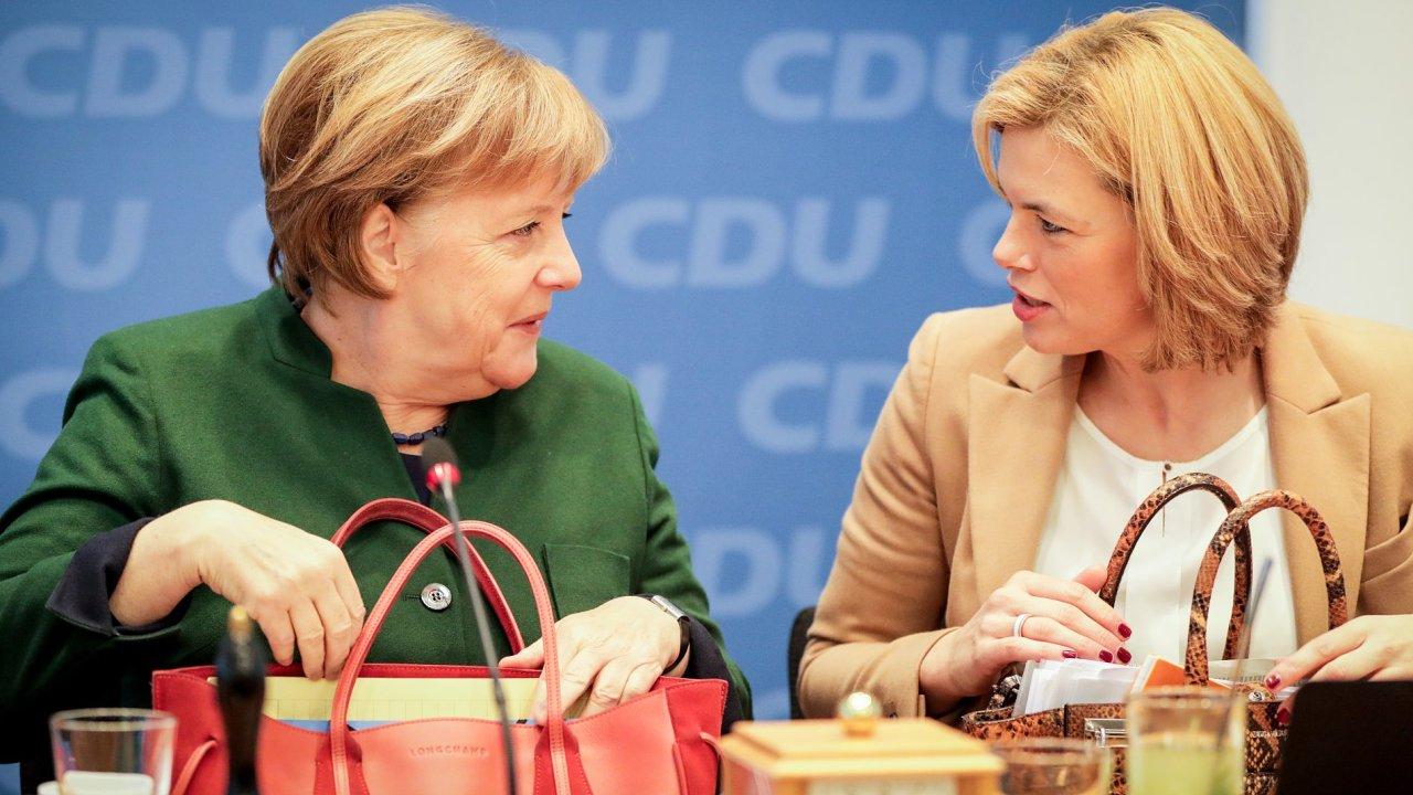 Kancléřka Angela Merkelová a místopředsedkyně CDU Julia Klöcknerová