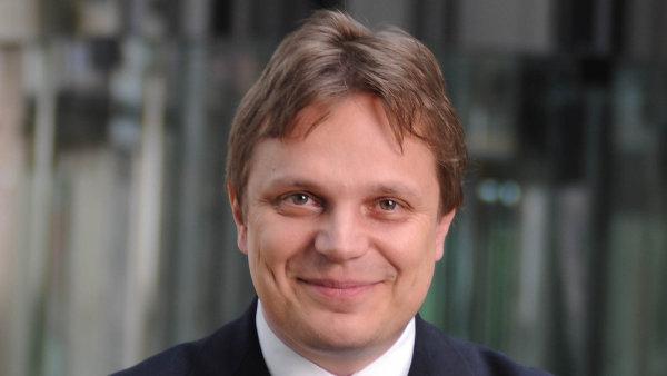 Pavel Kohout, ekonom