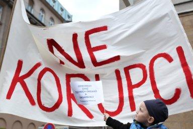 Česku loni patřilo poslední místo v pořadí 42 zemí v plnění doporučení protikorupční skupiny Rady Evropy. - Ilustrační foto.