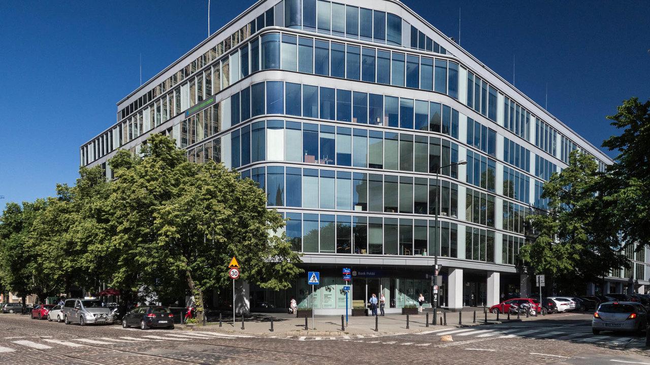 CPI již podepsala smlouvu o smlouvě budoucí na koupi další kancelářské budovy ve Varšavě, která nese název Green Corner A. Akvizice by se měla uskutečnit ještě letos.