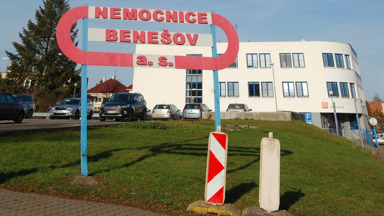 Bez pacientů. Druhý kolaps počítačové sítě většího rozsahu v Česku postihl krajskou nemocnici v Benešově. Nefungovaly tam přístroje a pacienti byli odvezeni či posláni jinam.