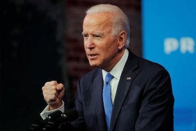 Schvalování kabinetu se zdrželo. Biden může mít v den inaugurace potvrzeného nejvýše jednoho ministra
