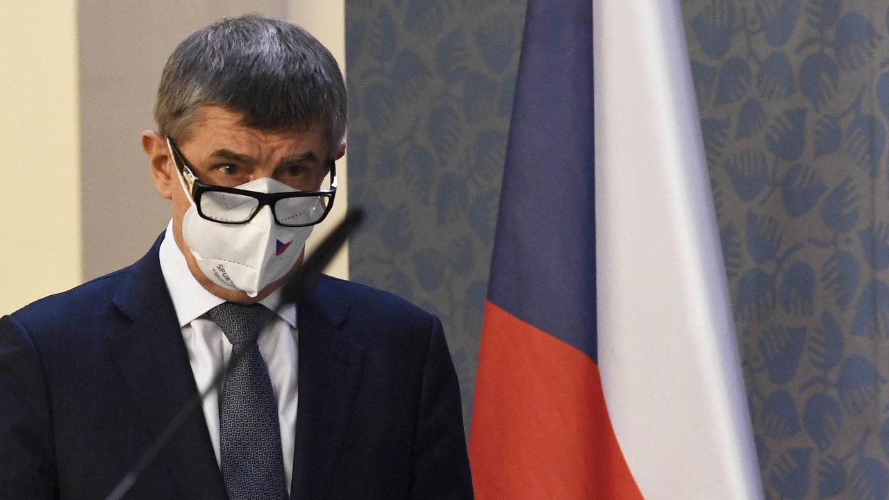 Nedal dotoho všechno. Babiše zazpůsob, jakým vyjednával oprodloužení nouzového stavu, kritizují kromě opozice ipartneři: ČSSD aKSČM.