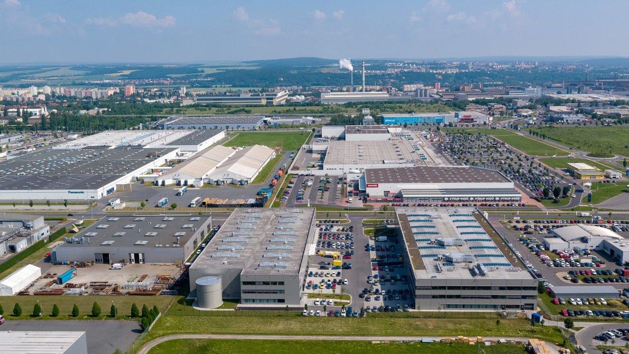 CTPark Plzeň je dostupný po dálnici E50/D5 nebo veřejnou dopravou. Park je vybudován s cílem umístění high-tech společností, developerských center a středisek výzkumu a vývoje.