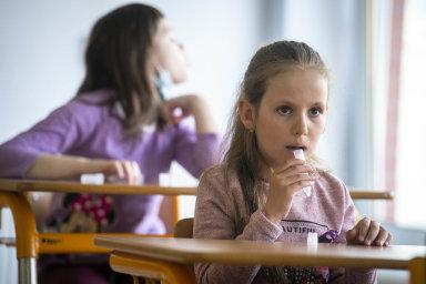 V logopedické třídě Speciální školy v Rakovníku prodělaly děti 27. dubna 2021 PCR testování na koronavirus.