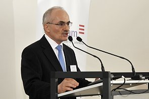 František Dostálek -  prezident Americké obchodní komory v ČR