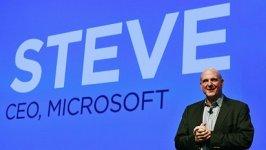 Steve Ballmer sice skon�il v �ele Microsoftu, ale el�n ani energie mu nechyb�.