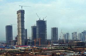 Číňané si chtějí zkopírovat celý svět. Postavili už si Eiffelovku, Paříž i Manhattan