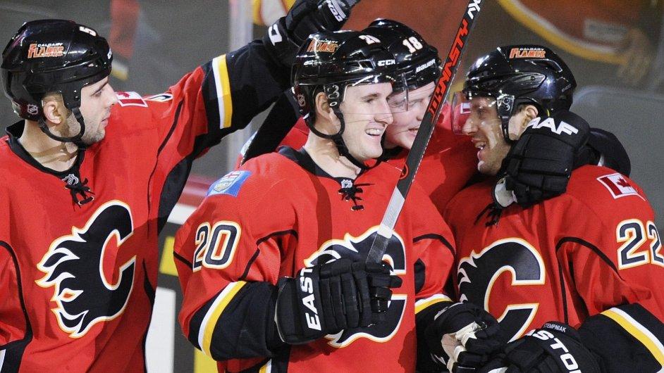 CAL13 NHL 0316 11