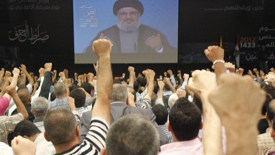 Libanonský vůdce Hizballáhu Hasan Nasralláh promlouvá ke svým stoupencům