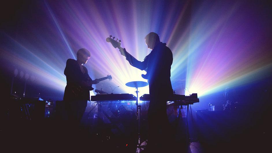 The xx budou letos hrát i na festivalu Colours of Ostrava.