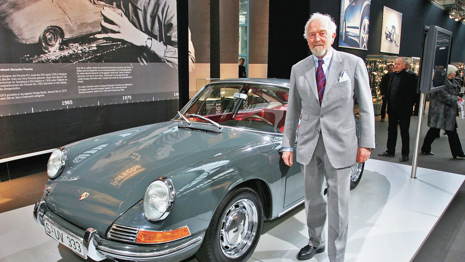 Vnuk Ferdinanda Porscheho zkonstruoval model Porsche 911