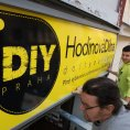 Hodinov� d�lna DIY Praha je pro v�echny, kte�� v centru m�sta nemaj� m�sto a n�stroje k pr�ci