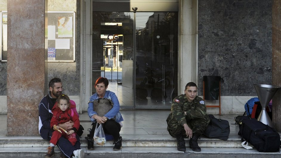 Řecko ochromila generální stávka, zavřeny jsou školy i úřady.