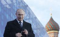 Prezident Vladimír Putin odpovídá na dotazy v přímém přenosu.
