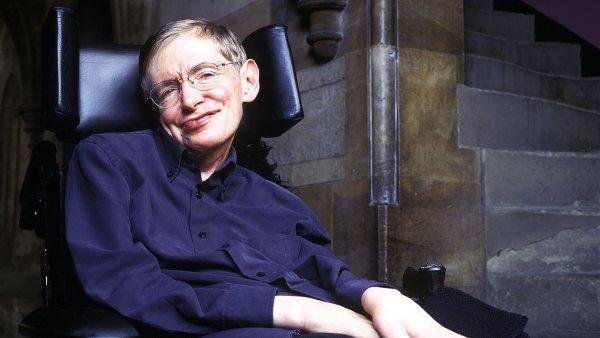 Britsk� v�dec Stephen Hawking vid� budoucnost lidstva v koloni�ch na jin�ch planet�ch.