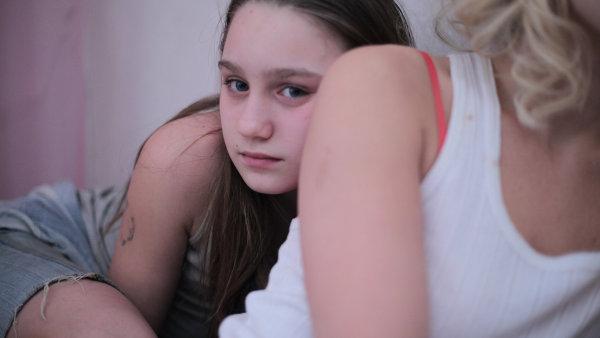 Na snímku z filmu Pátá loď je dvanáctiletá herečka Vanessa Szamuhelová.