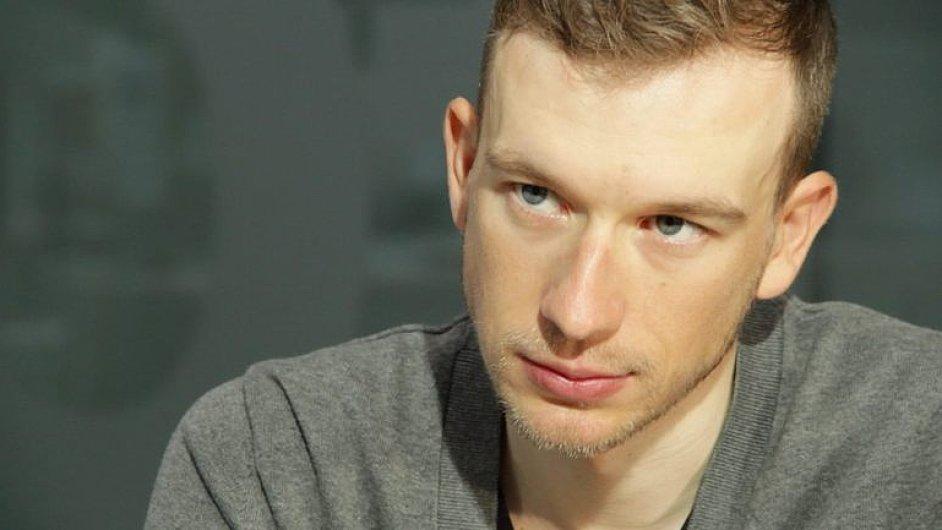 König: Zeman vede Čechy k pseudovlastenectví, kvůli vyjadřování se k politice jsem čelil výhrůžkám.