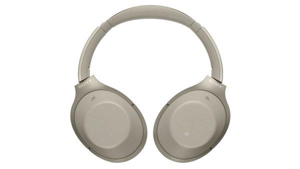 Sluchátka MDRT-1000X mají nálepku hi-res audio, která potvrzuje extrémně vysoký frekvenční rozsah.