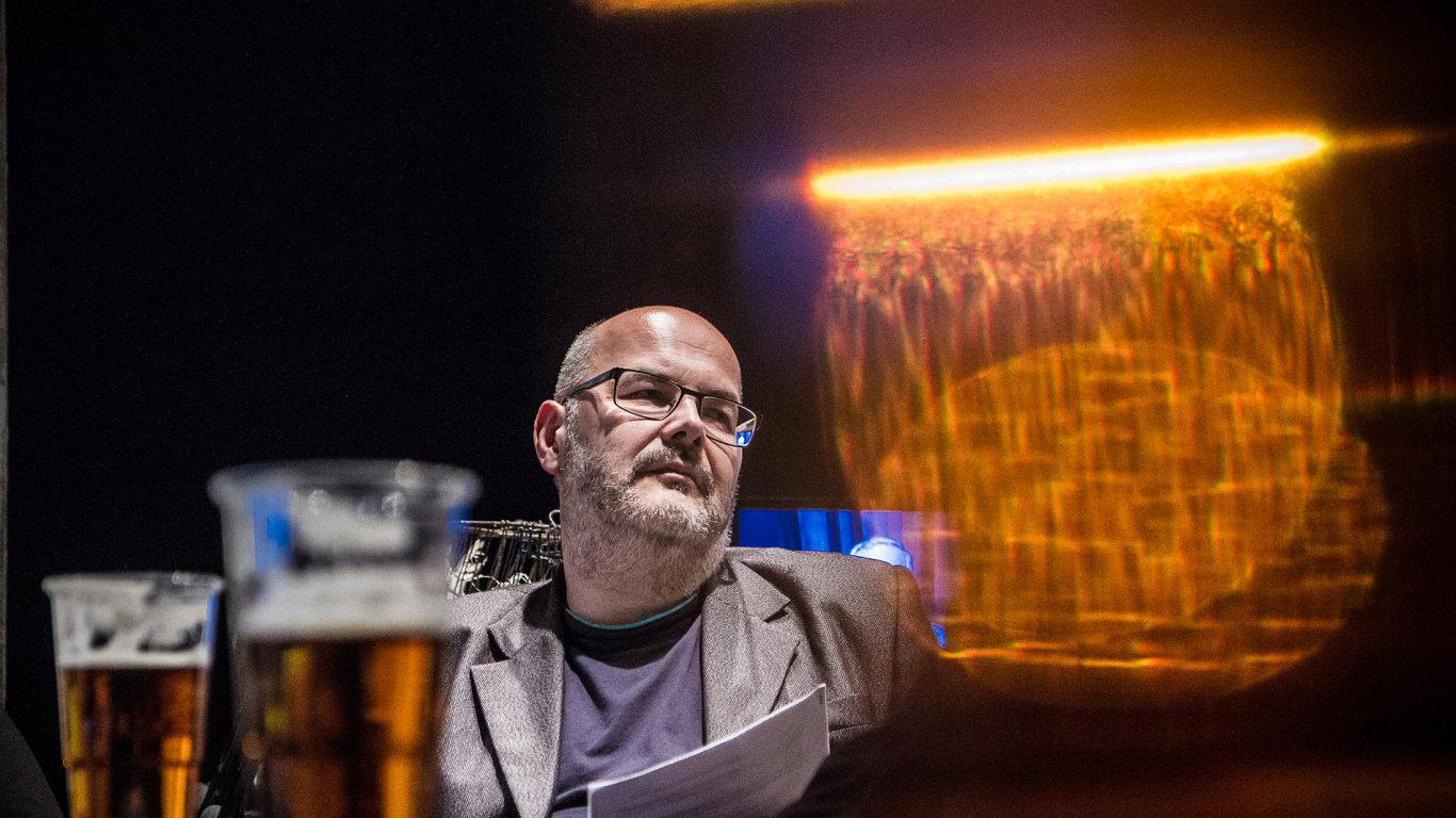 Režisér Vladimír Morávek je na snímku z pražského Divadla Archa.