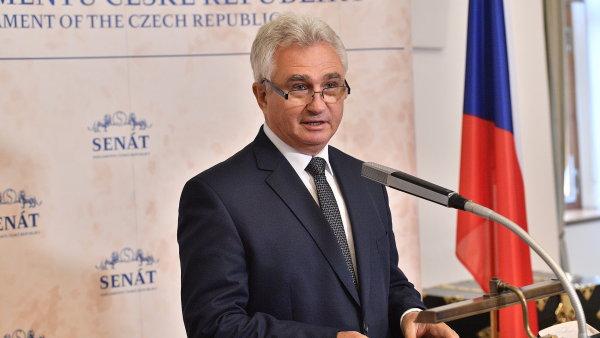 Předseda Senátu Milan Štěch ohlásil termín prezidentské volby.