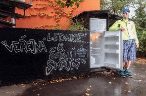 Tour de lednice: Jak v Česku (ne)fungují veřejné spižírny, projekt proti plýtvání potravinami