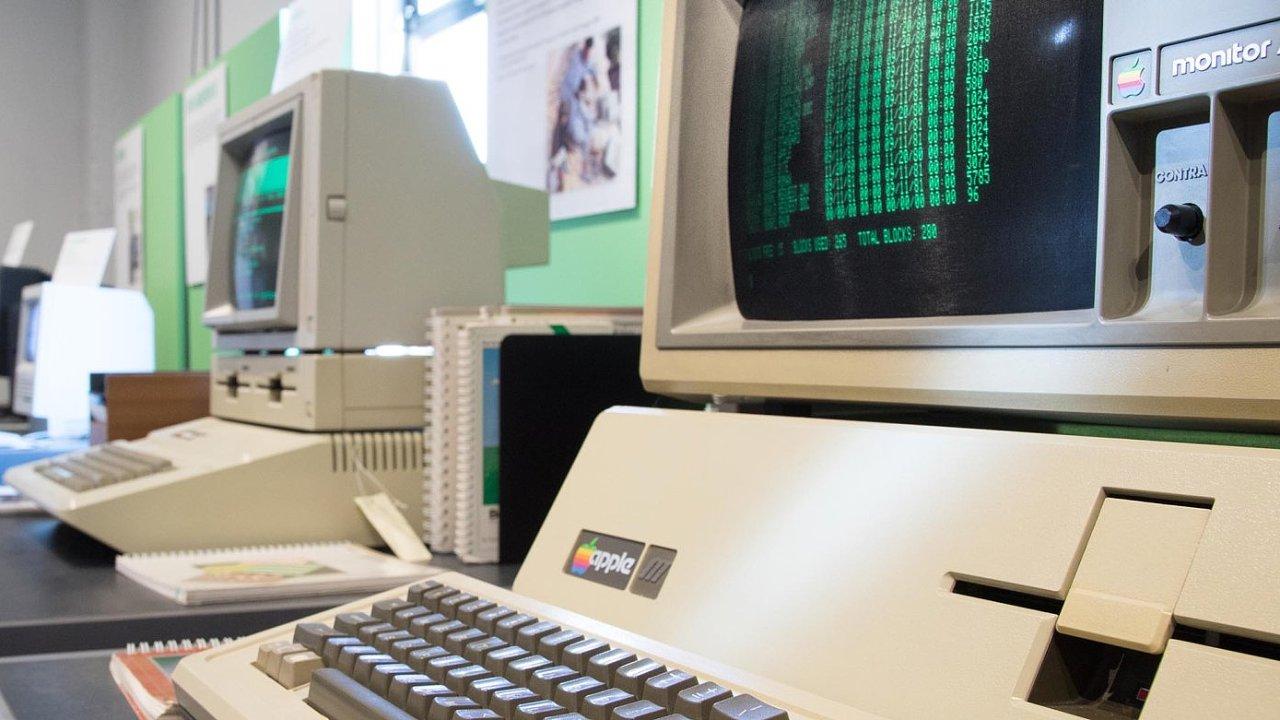 Muzeum Living Computers má mimo jiné i expozici věnovanou počítačům Apple